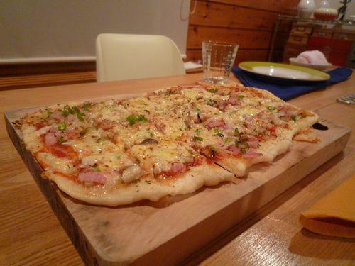 手作りピザ.JPG