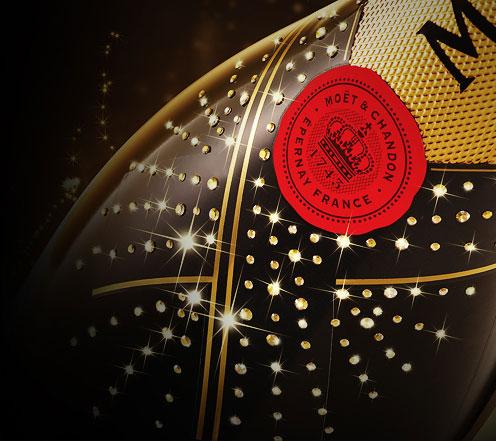 世界一のシャンパンのスワロフスキーのキラキラ限定ボトル!