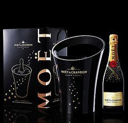 世界一のシャンパンのスワロフスキーのキラキラ限定ボトル!にオリジナルワインクーラーがセット
