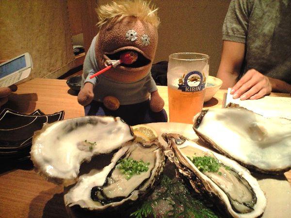 でーーーーーーーっかい牡蠣!