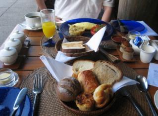 breakfast 3_1_1.jpg