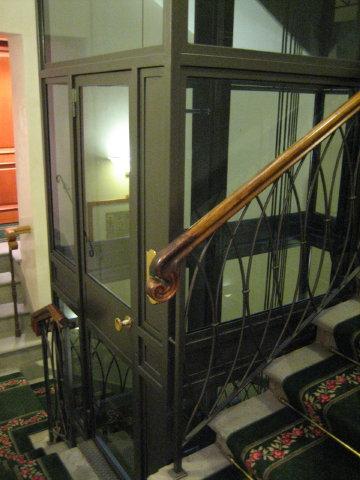 デリオラフィのエレベーター