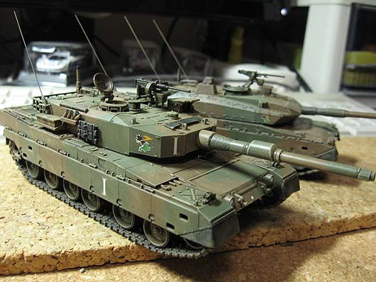type90-72_20111122-05.jpg