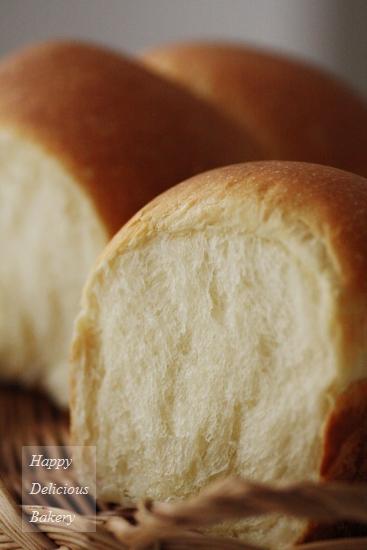 ヨーグルト酵母で食パン4.jpg