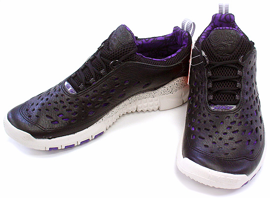 "NIKE FREE TRAIL5.0 ""STUSSY WORLD TOUR"" LA"