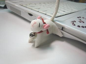 ネコ型USBメモリ