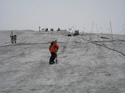 2009月山 月山リフトからTバーへの登り.JPG