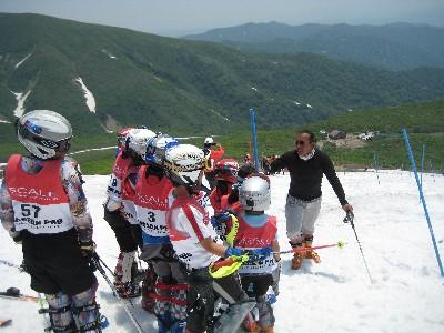 2009月山3回目 小原コーチの指導.JPG