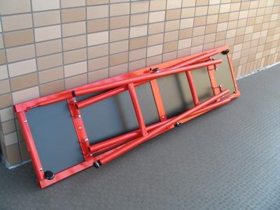 ワクシングテーブル(折りたたんだところ)