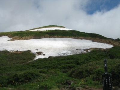 2009月山 5回目 姥が岳休憩所からの姥が岳.JPG