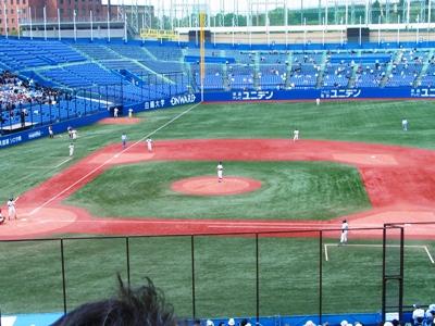 2009六大学野球春リーグ 試合開始.jpg