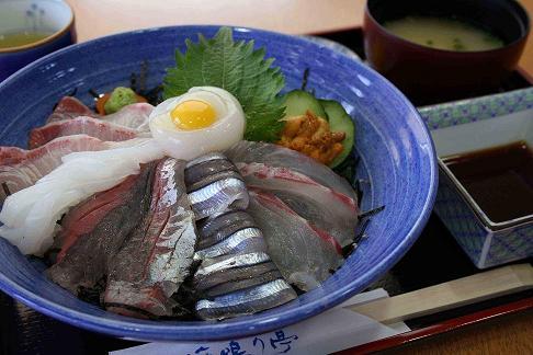 海鮮丼1のコピー.jpg