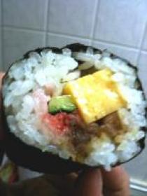 太巻き寿司 西南西にむいてがぶり!