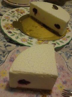 レアチーズケーキ断面図