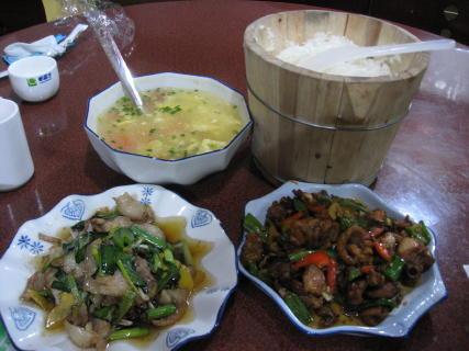 羅平の晩飯2