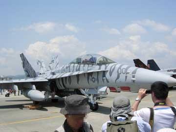 061_地上_F-18.jpg