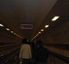 トルコ イスタンブール 地下鉄 動く歩道