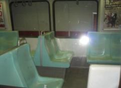 トルコ イスタンブール テュネル 地下鉄 座席
