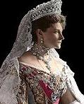 200px-Empress_Alexandra_Feodorovna_-1907_-1.jpg