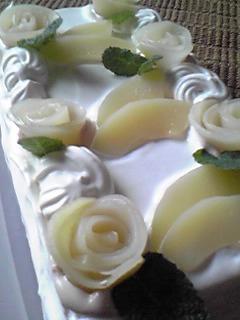 白桃デコレーションケーキ
