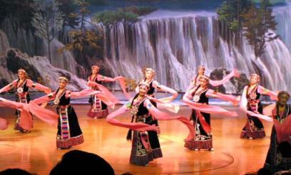 九寨溝 民族ショー1