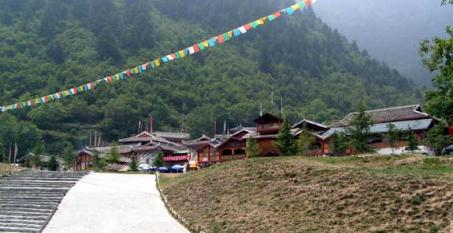九寨溝内にあるチベット族の村