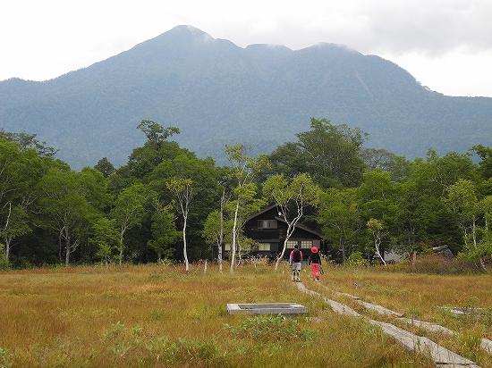 竜宮から竜宮小屋と燧ヶ岳