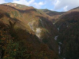 巻機山と米子沢