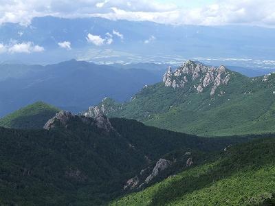 瑞牆山と八ヶ岳連峰01