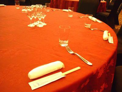 秋の味覚のにぎわいマルシェ_テーブル