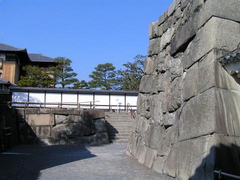 二条城 櫓門から見た本丸御殿