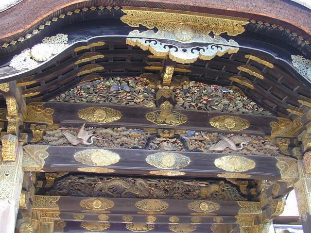 二条城 唐門 二の丸御殿の正門の見事な彫刻