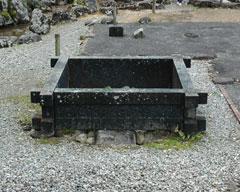 常御殿跡の後にある井戸