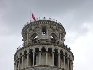 斜塔の鐘楼部