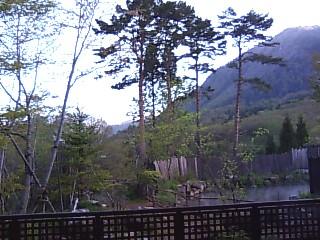 深山桜庵より望む笠ヶ岳