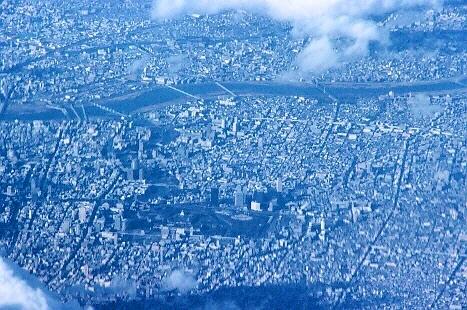 251.天下の大阪城。小さいなー