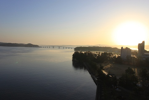 七尾湾の夜明け8