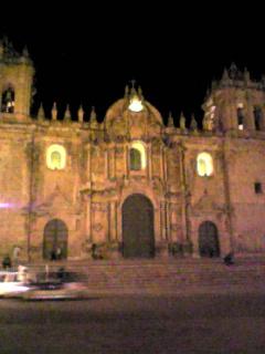 20081029クスコ大聖堂の夜景