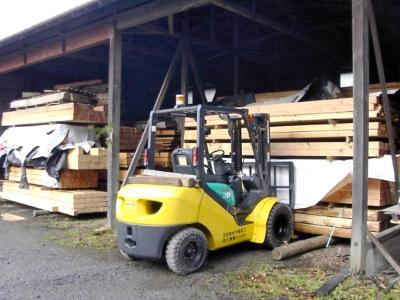 高橋木材材料置場2