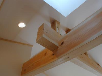 木組みの梁