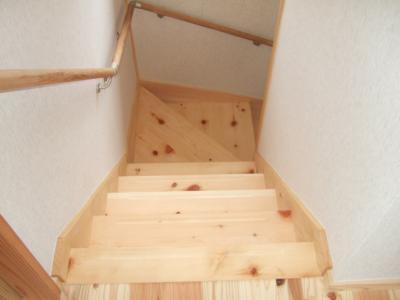 木曽桧の無垢階段