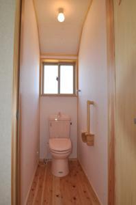 トイレ内装和紙
