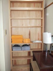 木の洗面脱衣棚