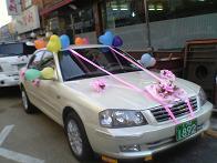 結婚式の車