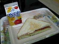 キャベツ焼きサンドイッチ
