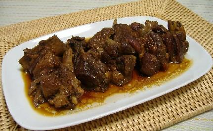 スペアリブの黒酢煮
