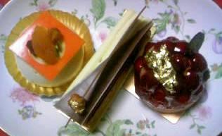ローラン・ジャナン ケーキ3種.JPG