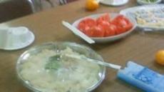 20110720壮行会:トマト・素麺.jpg