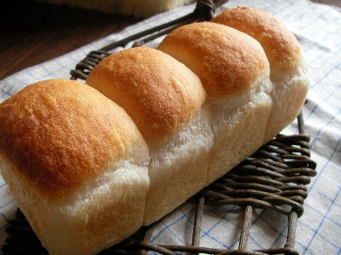 ホシノ食パン