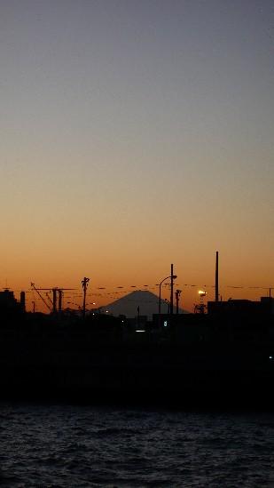 本牧の富士山.jpg